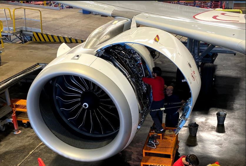 Atheer & IAG show how AR can transform aircraftmaintenance & repair