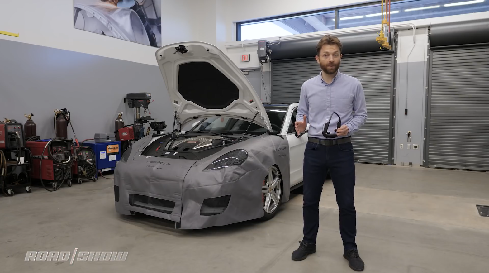 Porsche announces Augmented Reality at scale, powered by Atheer